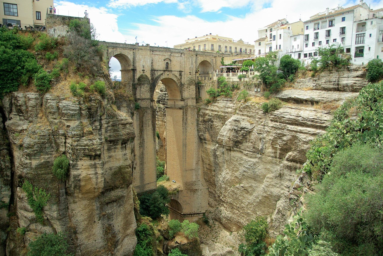 Je fly & drive door Andalusië begint in Ronda